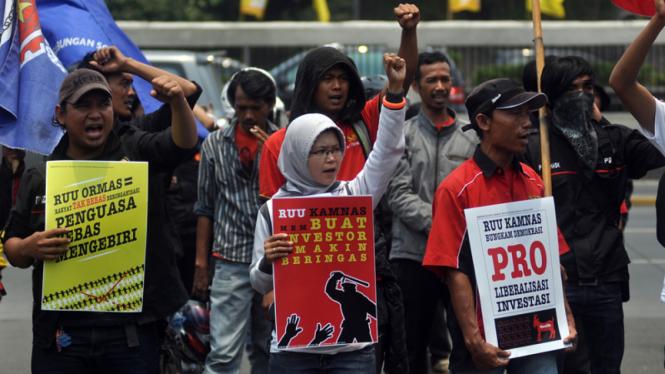 Demo Tolak RUU Kamnas dan RUU Ormas