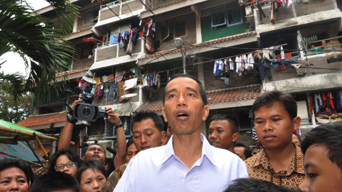 Jokowi Tinjau Rusun Tanah Tinggi