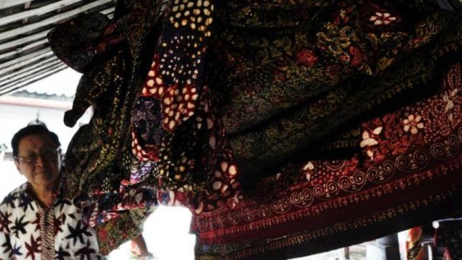 Berburu Batik di Sepanjang Pantura – VIVA a08508961a
