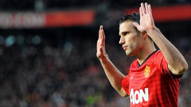 Robin van Persie usai mencetak gol ke gawang Arsenal