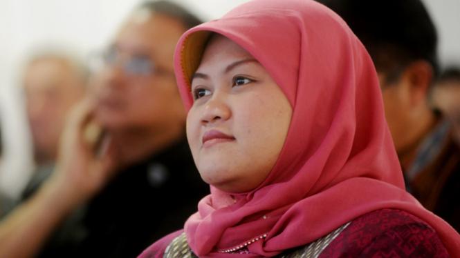 Bupati Bekasi dr. Hj. Neneng Hasanah Yasin