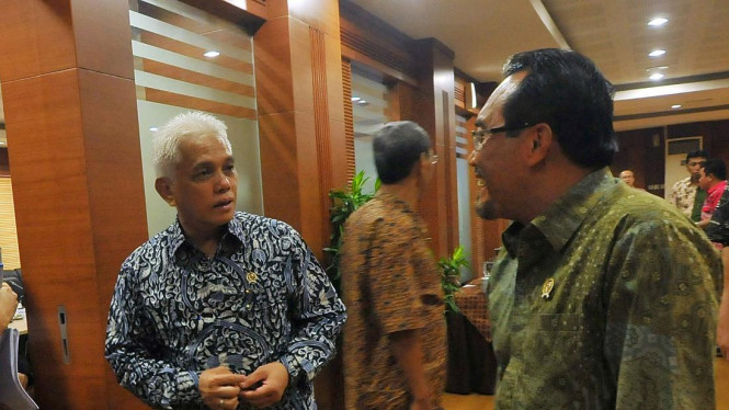 Menko Perekonomian Hatta Rajasa bersama Menteri Pertanian Suswono