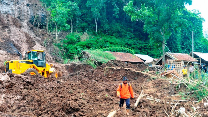 Bencana longsor di Kabupaten Bandung