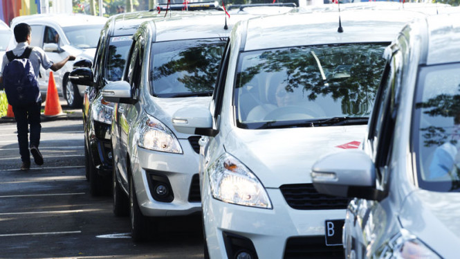 Pesta Mobil Suzuki Ertiga 2012