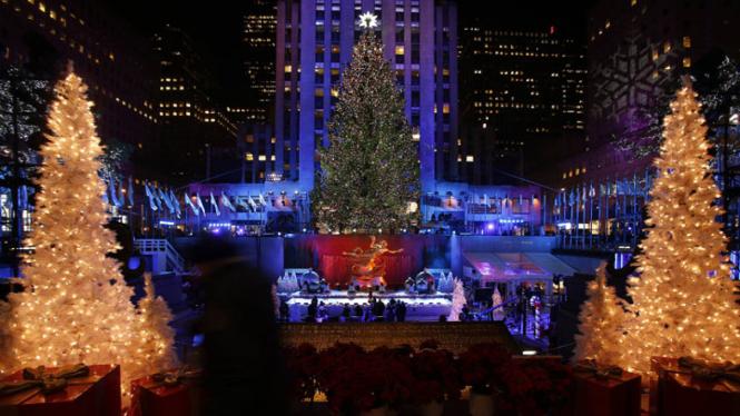 Pohon Natal Raksasa di New York