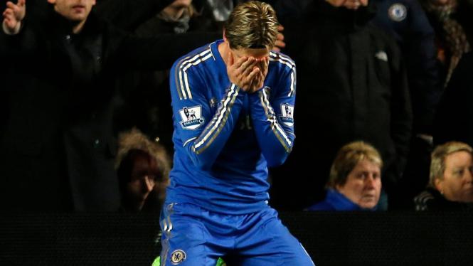 Fernando Torres (kanan)