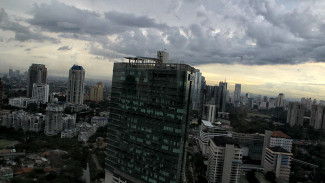 Cuaca berawan di Jakarta. (Ilustrasi).
