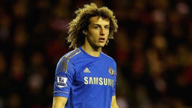 Bek Chelsea, David Luiz