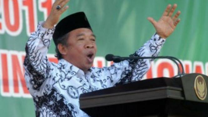 Nurul Qomar, pelawak senior dan mantan anggota DPR RI.
