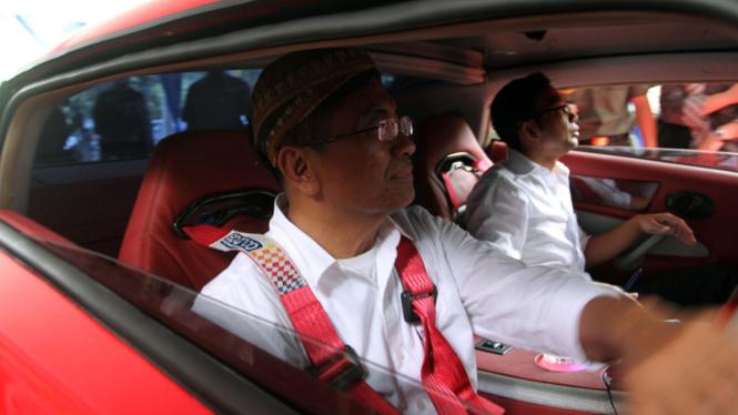 Mobil Listrik Sport Tucuxi Milik Dahlan Iskan