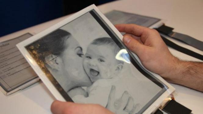 PaperTab, tablet yang sangat tipis.