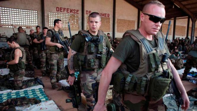 Prancis kerahkan pasukannya ke Mali