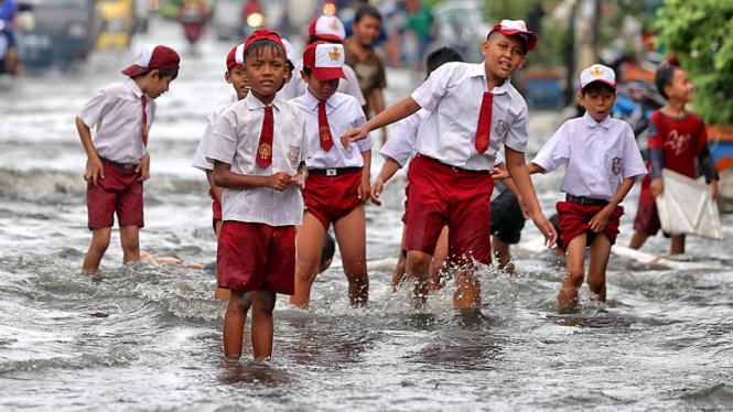 Bermain di Kawasan Banjir
