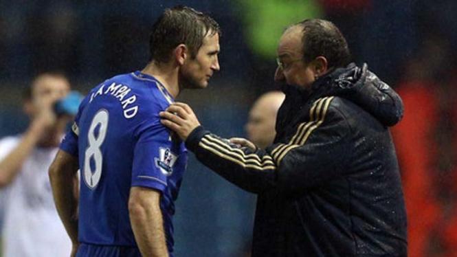 Frank Lampard dan Rafael Benitez beberapa waktu lampau.