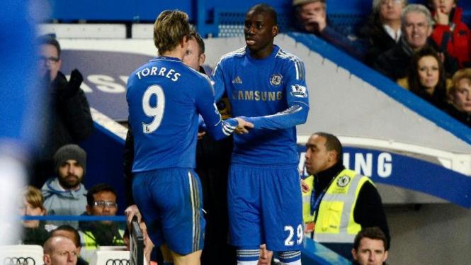 Demba Ba dan Fernando Torres