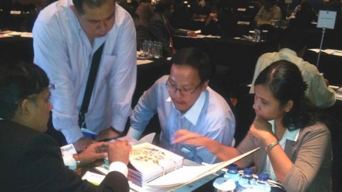 Pertemuan misi dagang India dan pebisnis Indonesia di Jakarta.
