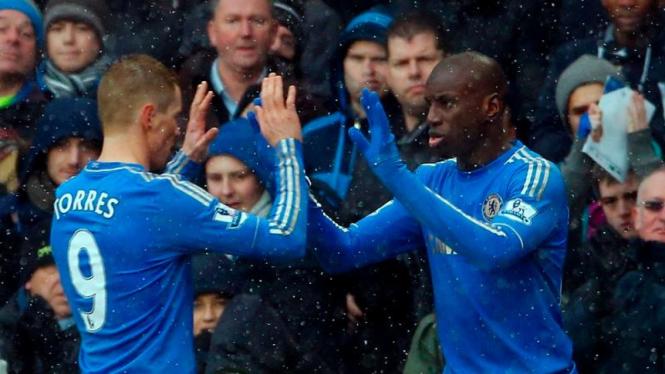 Fernando Torres saat digantikan Demba Ba