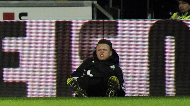 Charlie Morgan, anak gawang Swansea yang tertendang Eden Hazard