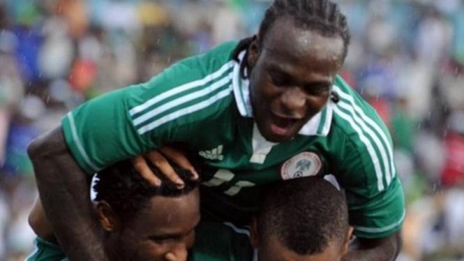 Pemain Nigeria rayakan kemenangan