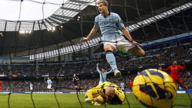 Liverpool vs Manchester City 2013