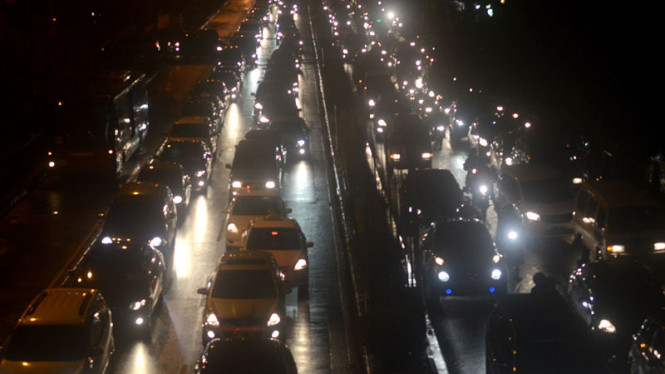 Macet Akibat Hujan di Jakarta