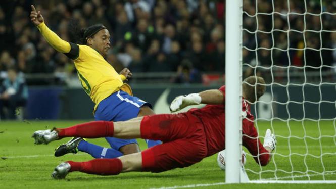 Inggris vs Brazil