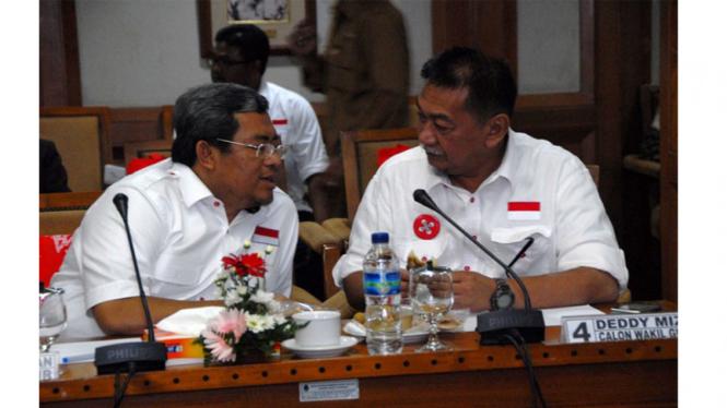 Cagub dan Cawagub Jabar Ahmad Heryawan dan Deddy Mizwar