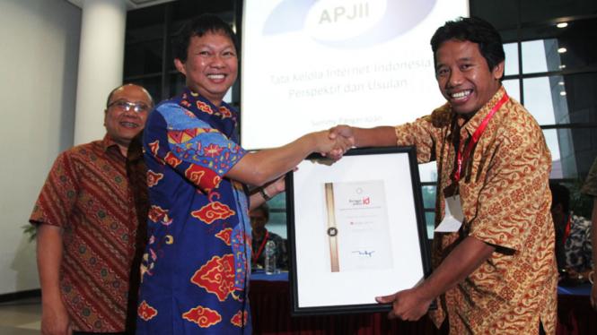 VIVA.co.id Raih Penghargaan