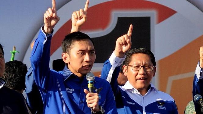 Edhie Baskoro Yudhoyono dan Anas Urbaningrum