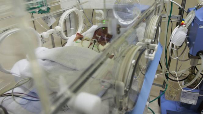 Dara Nur Anggraini Menjalani Perawatan di RS Tarakan