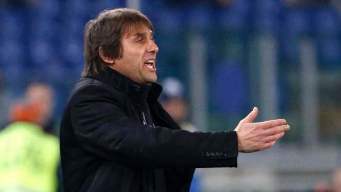 Manajer Chelsea musim depan, Antonio Conte.