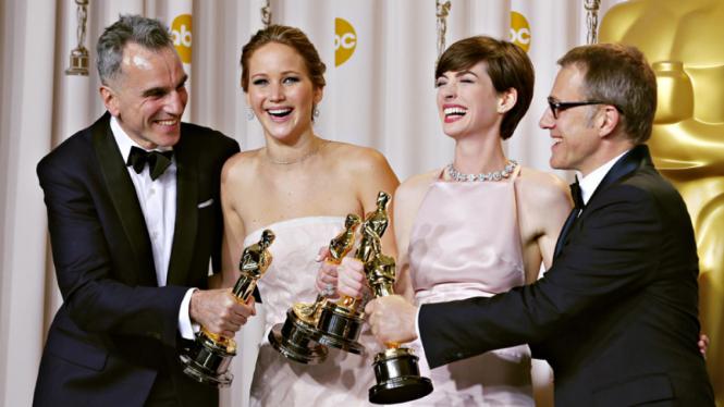 Daniel Day Lewis Jennifer Lawrence Anne Hathaway dan Christoph Waltz