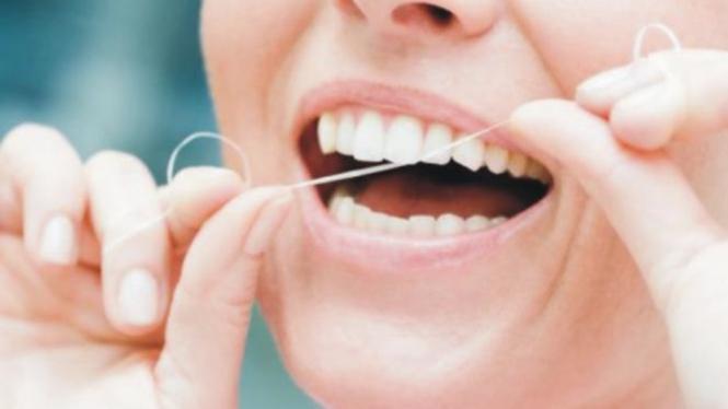 Tips Mengembalikan Gigi Kuning Jadi Putih Alami Viva