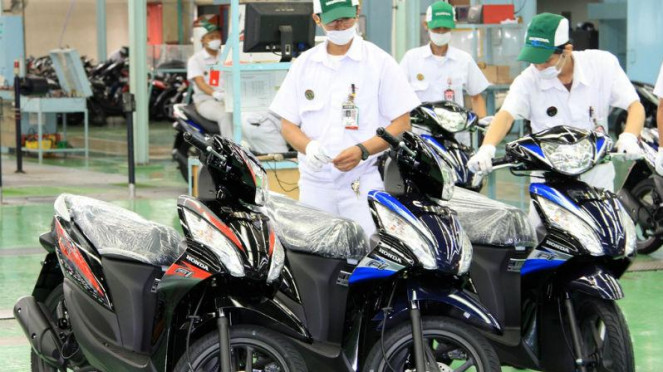 Tampilan baru Honda Spacy Helm in PGM-FI