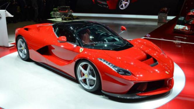 LaFerrari dipamerkan di Geneva Motor Show 2013