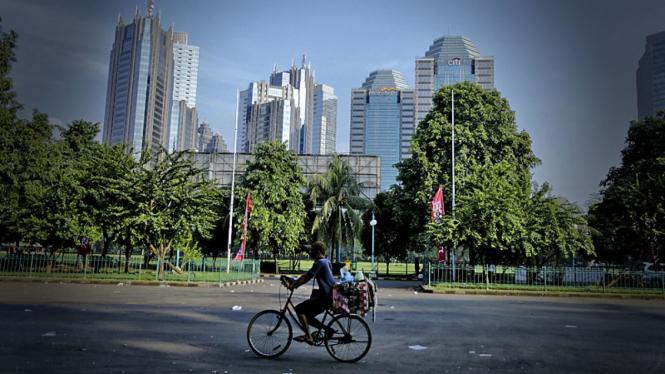 Ilustrasi suasana perkantoran di SCBD Jakarta.