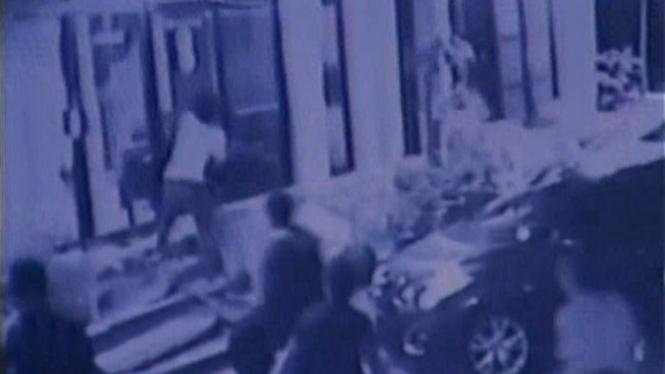 Terekam CCTV, 2 Pelaku Perusakan Kantor Tempo Ditangkap
