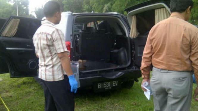 Polisi lakukan identifikasi mobil milik pengusaha Bekasi