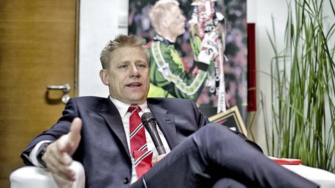 Kiper legendaris Manchester United, Peter Schmeichel