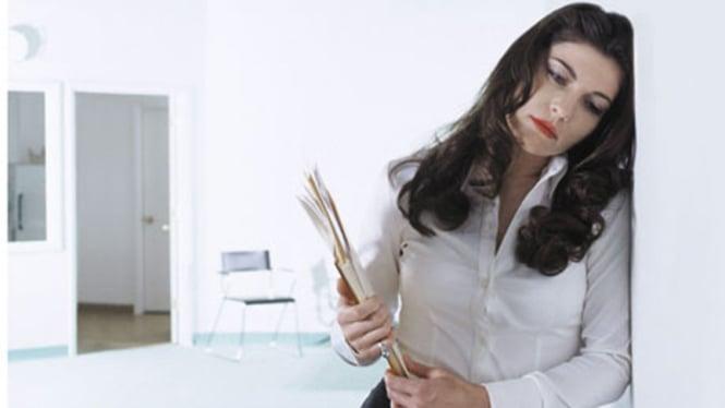 Ilustrasi wanita yang bekerja sif malam