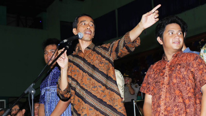 Jokowi Berdialog Dengan Siswa SMA 6 dan 70