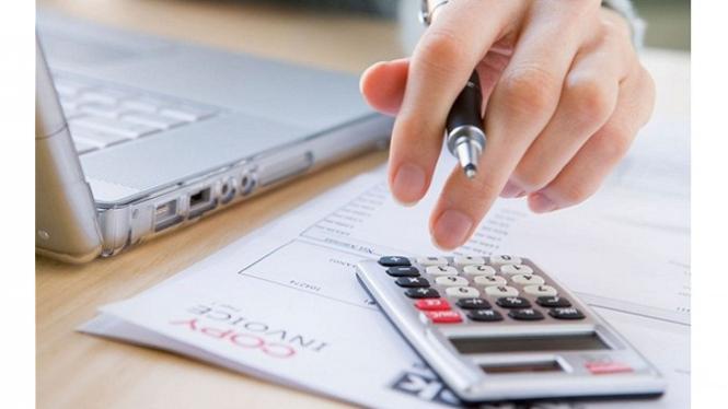 Menghitung anggaran keuangan
