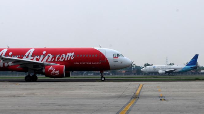 Industri Penerbangan - Air Asia