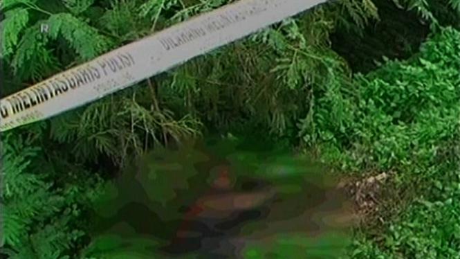 Mayat Pria Tewas Terbakar di BKT, Diduga Korban Pembunuhan