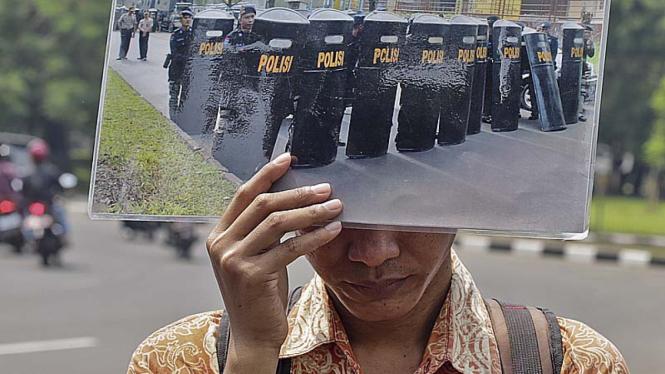 Ilustrasi/ Aksi protes korban intoleransi beragama di Indonesia beberapa waktu lalu.