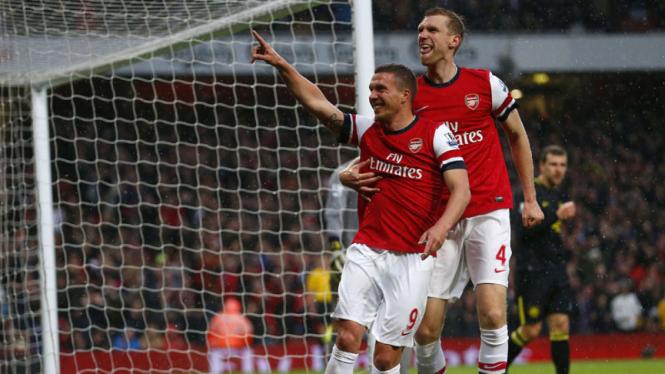 Arsenal Kalahkan Wigan Athletic