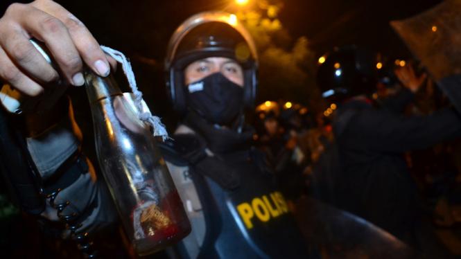 Ilustrasi/Bom Molotov