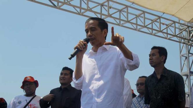 Jokowi Resmikan Taman Kota Waduk Pluit