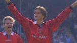 https://thumb.viva.co.id/media/frontend/thumbs3/2013/08/17/218240_pemain-manchester-united--david-beckham_151_85.png