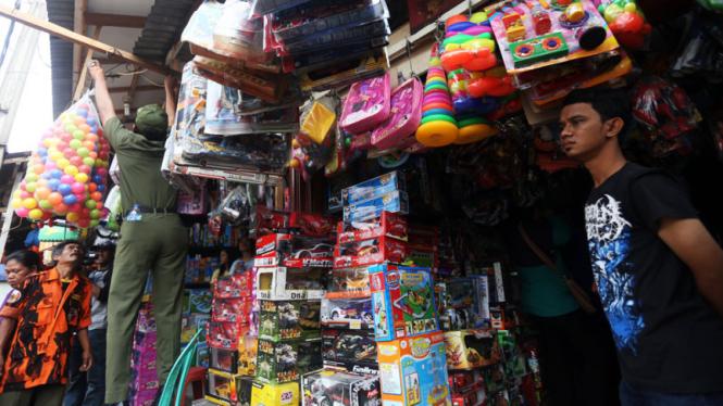 Ilustrasi penertiban Pasar Gembrong